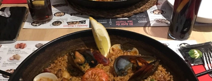 Paella Bar Boqueria is one of Arroz.