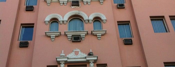 Hotel & Casino Del Rey is one of Orte, die Coach gefallen.