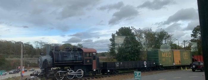 Valley Railroad is one of Mystic.
