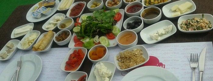 Muhtar'ın Yeri is one of Locais curtidos por Çağlar.
