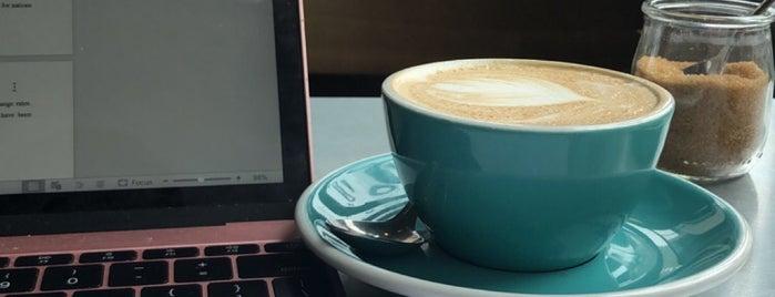 Joe's Coffee is one of James : понравившиеся места.