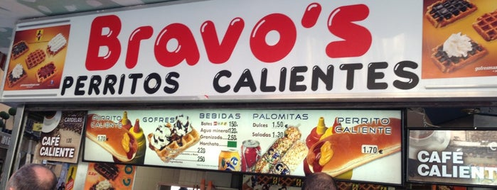 Bravo's Perritos Calientes is one of Madrid Lunch / Dinner.