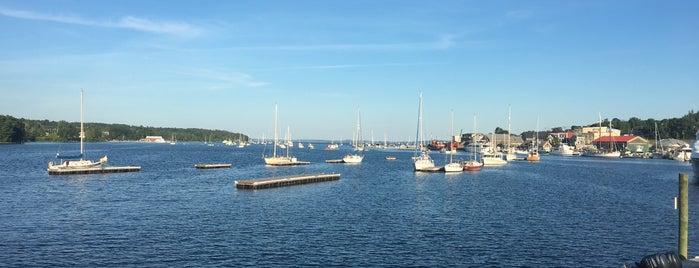 Belfast Harbor Walk is one of Orte, die Dana gefallen.