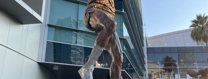 Kareem Abdul Jabbar Statue is one of USA Trip 2018.