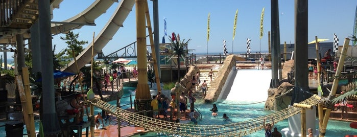 Ocean Oasis Waterpark is one of Wildwood.
