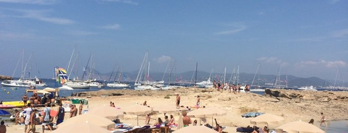 Cala Bassa Beach Club (CBbC) is one of Biulet.