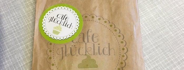 Café Glücklich is one of Tempat yang Disukai Julia.