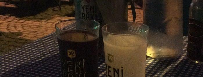 Aslında Meyhane is one of İzmir.