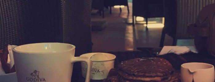 Godiva is one of Posti che sono piaciuti a Rurie.