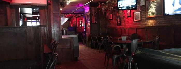 Tribeca Tavern is one of Orte, die David gefallen.