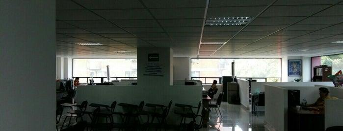 Secretaría del Trabajo y Fomento al Empleo is one of Tempat yang Disukai Chio.