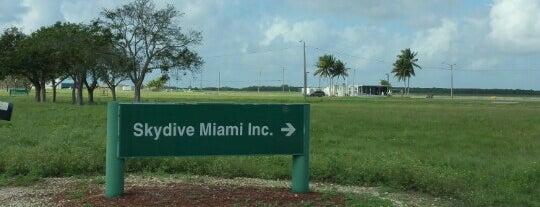 Skydive Miami is one of Lieux qui ont plu à Marc.
