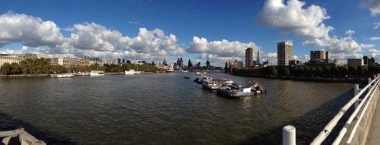Waterloo Bridge is one of London.