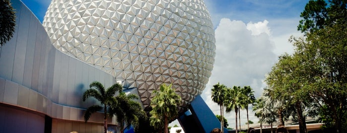 Spaceship Earth is one of Walt Disney World.