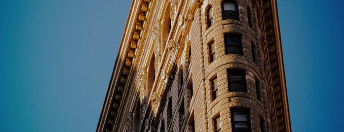 Flatiron Building is one of Lugares guardados de AKW.