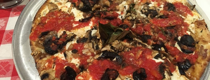 Grimaldi's is one of Eat NYC.