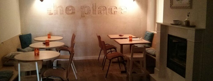 The Place is one of Comilona y copeteo en Madrid.