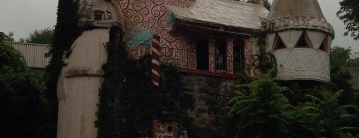 Gingerbread Castle is one of Posti salvati di Rachel.