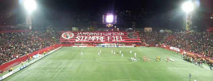 Estadio Caliente is one of Alejandroさんのお気に入りスポット.