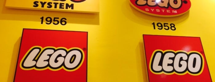 Lego Store is one of Berlino.