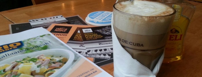 Café Maison du Peuple is one of On veut du VRAI chocolat chaud!.