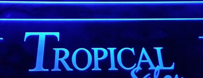 Tropical is one of Elvinさんのお気に入りスポット.