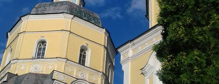 Церковь Ильи Пророка is one of Posti che sono piaciuti a Victoria.