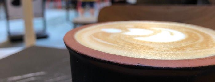 Caribou Coffee is one of Gülçin 님이 좋아한 장소.