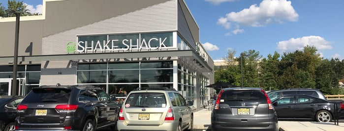 Shake Shack is one of Quick Service, Fast Food & Snacks.
