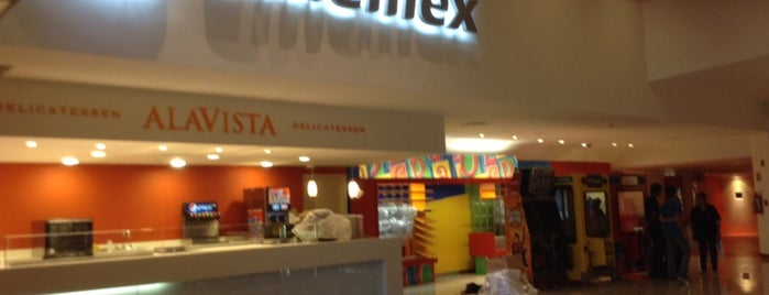 Cinemex Platino is one of Lugares guardados de JRA.