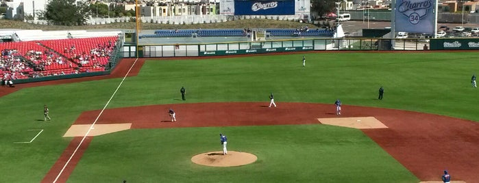 Estadio de Beisbol Charros de Jalisco is one of Jhalyv 님이 좋아한 장소.