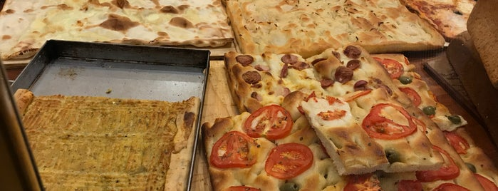 Pizzeria El Paso is one of Ristoranti Genova e Riviera.