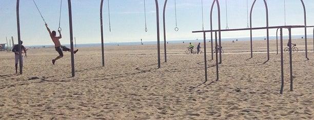 Santa Monica Aerial Rings/Bars/Park is one of Toriさんの保存済みスポット.