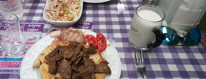 Rumeli Köfte & Ciğer is one of Emel'in Kaydettiği Mekanlar.