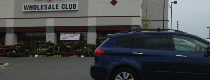 BJ's Wholesale Club is one of Lieux qui ont plu à Maddie.