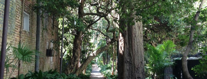 Gateway Walk is one of Bikabout Charleston.