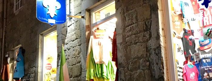 La Maison du Patriote is one of Posti che sono piaciuti a Erwan.