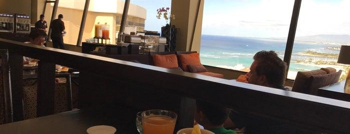 Sheraton Leahi Club Lounge is one of Honolulu.