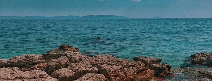 Girandella Beach is one of Croacia.