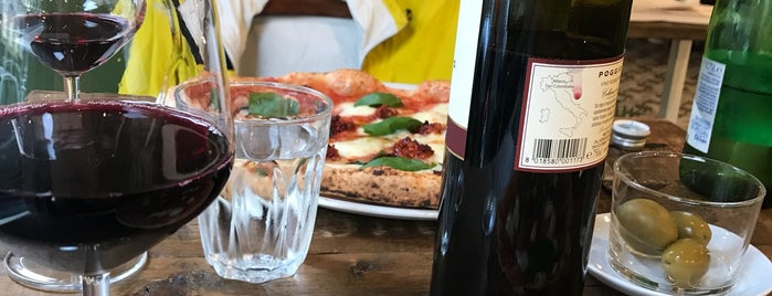 Pizzeria Marghe is one of Italy: Milano.