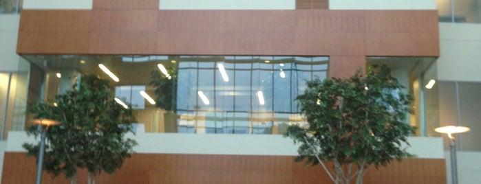 Houston Methodist West Hospital is one of Orte, die Heath gefallen.