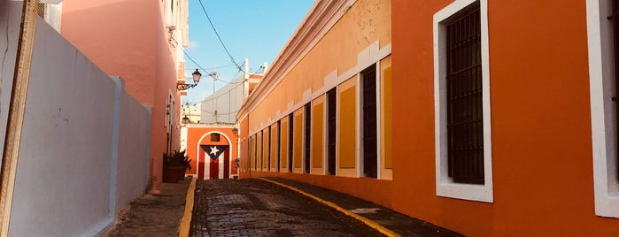 Callejón de La Tanca is one of Cristina 님이 좋아한 장소.