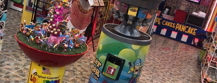 ركن الحلويات Candy Corner I is one of Locais salvos de Khawla.