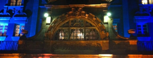 Richmond Theatre is one of Christineさんのお気に入りスポット.