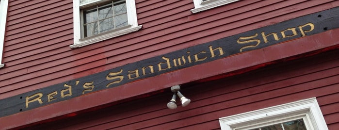 Red's Sandwich Shop is one of Posti che sono piaciuti a Tim.