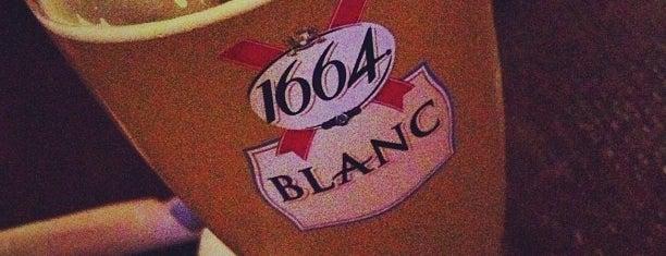 Molly Bloom's Irish Pub is one of Fireball Bars.