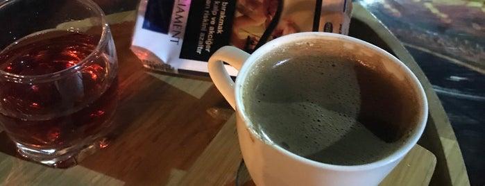 Mesken Cafe is one of Urfa.