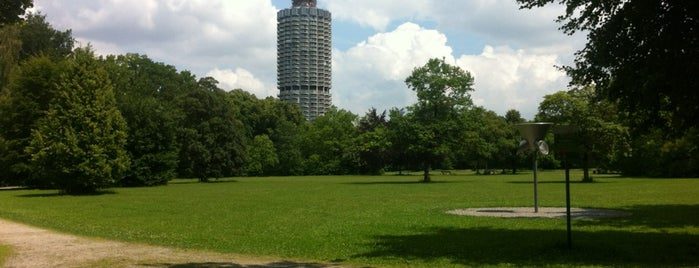 Wittelsbacher Park is one of Augsburg.