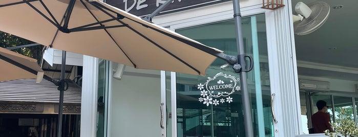 Cafe De River is one of เลย, หนองบัวลำภู, อุดร, หนองคาย.
