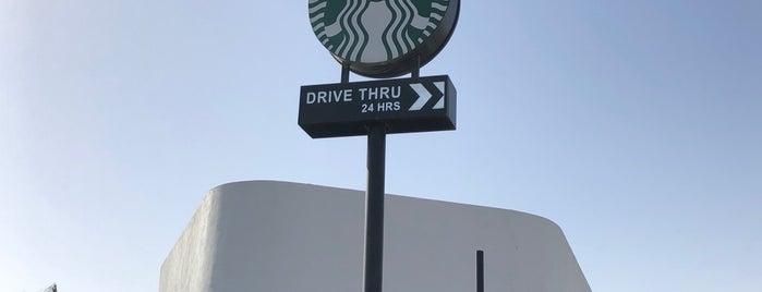 Starbucks Drive Thru is one of Orte, die Nora gefallen.
